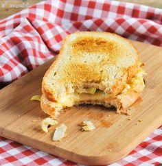 Sandwich de puerro a los tres quesos - L´Exquisit