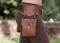 Mohana Leather Pocket Belt Bag - Marbled Brown and Tan Leather renaissance belt / bag