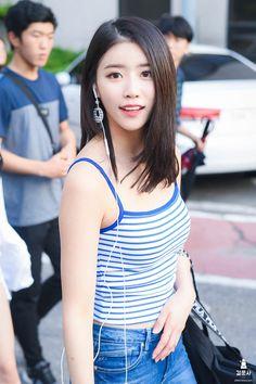 Beautiful Japanese Girl, Beautiful Asian Women, Lovelyz Mijoo, Lily Chee, Asia Girl, First Girl, Korean Model, Girl Crushes, Sweet Girls