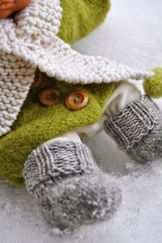 Doll clothes, knitting and felting  kaksneljaseitteman.blogspot.fi