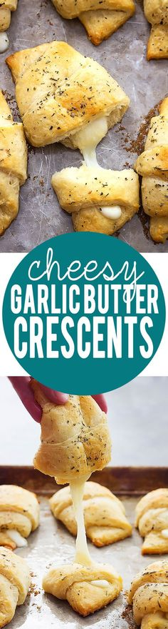 Easy 20 Minute Cheesy Garlic Butter Crescents | Creme de la Crumb