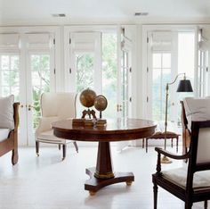Natural light fills a reading room Loving white shades with all the dark furniture Interior Styling, Interior Decorating, Interior Design, Basement Living Rooms, Traditional House, White Walls, Great Rooms, Living Spaces, House Design