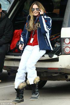 Elle MacPherson's ski outfit rocks.