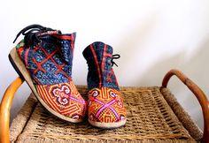 Địa chỉ: 10/1/5 Đặng Văn Ngữ Q.Phú Nhuận TP.HCM Thời gian mở cửa: 13h - 21h mỗi ngày Viber - Zalo: 0905 610 133 Instagram: @hichi.em Website: http://hichiem.com #hichiem #bohochic #bohomian #soul #gypsy #gypsysoul #madebysoul #hippie #style #fashion