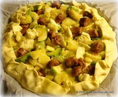 Torta salata zucchine patate e salsiccia
