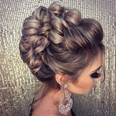 Hochzeitsfrisuren - # Highly Pinned - Tattoo Crafts - Garden Decor DIY - DIY Bathroom Ideas - Formal Hairstyles - DIY Jewelry To Sell Wedding Hair And Makeup, Bridal Hair, Hair Makeup, Bride Hairstyles, Trendy Hairstyles, Hairstyle Wedding, Layered Hairstyles, Beautiful Hairstyles, Hairstyles Haircuts