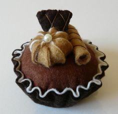 Felt cake chocolate tart