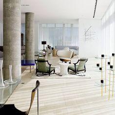 Apartamento em Nova Yorque, EUA. Projeto do escritório de design Yabu Pushelberg. #architecture #arquitetura #interiores #arquiteturaeinteriores #arte #artes #arts #art #artlover #design #interiordesign #architecturelover #instagood #instacool #instadaily #furnituredesign #design #projetocompartilhar #davidguerra #arquiteturadavidguerra #shareproject #livingroom #livingroomdesign #nydesign #ny