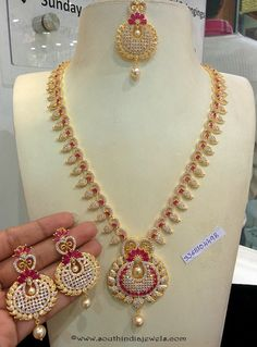 Jewellery Designs: Ganesh Necklace and Ruby Beads Set 1 Gram Gold Jewellery, Gold Jewellery Design, Gold Jewelry, Gold Earrings Designs, Necklace Designs, Gold Designs, Ruby Necklace, Necklace Set, Bridal Necklace