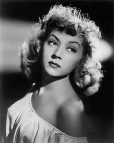 15 Old Hollywood Beauty Secrets You Won't Believe