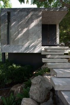 Hilltop House, Nakornratchasima, Thailand  by: Openbox Company Limited