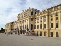 Schonbrun Palace in Vienna, Austria