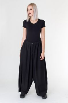 Wide pants Picabo from Nelly Johansson #nellyjohansson #nelly #widepants #black #pants #trousers #selectmodeonline