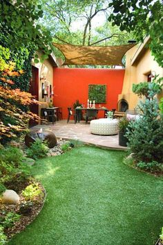 Colores para las paredes del patio o la terraza - Guia de jardin. Blog de jardinería y plantas. Aprende a cuidar tu jardín.