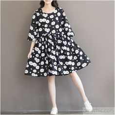 Flowy cotton dresses-retro black daisy print plus size sundress oversize spring floral dresses Trumpet sleeves