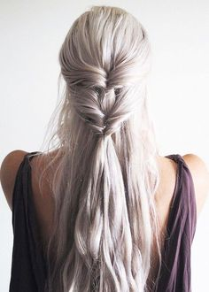 The Khaleesi-inspired twist. Daenerys Targaryen hairdo to copy now. Inspiration. GoT hairstyle.