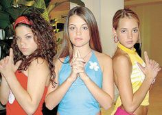 Lucy hale as she was younger . She's in the middle as you probably guessed