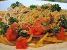 Spaghetti arabiatta met pangrattato