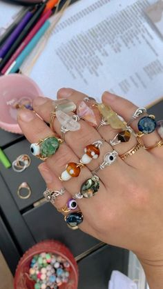 Wire Jewelry Rings, Wire Jewelry Designs, Handmade Wire Jewelry, Hand Jewelry, Crystal Jewelry, Beaded Jewelry, Grunge Jewelry, Funky Jewelry, Hippie Jewelry