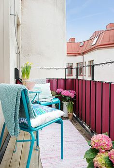 Balcony. #klein #balkon #balkontuin #inspiratie #buiten #zomer #lente