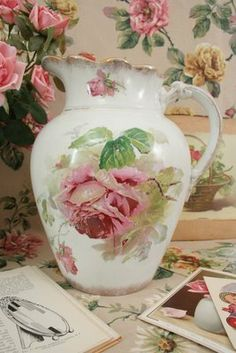 Just so beautiful is this pitcher....