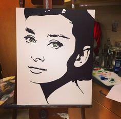 Audrey Hepburn painting Sketchbook Drawings, Art Sketches, Sketching, Art Drawings, Audrey Hepburn Painting, Black And White Art Drawing, Disney Character Drawings, David Walker, Stencil Art