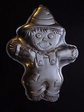 Wilton Cake Pan Treat Mold Birthday ScareCrow Halloween Thanksgiving Clown Fall