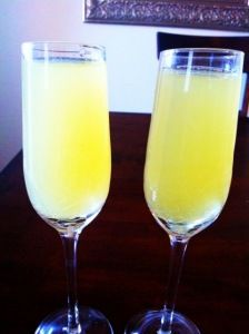Flirtinis! Just vodka, champagne and pineapple juice! Low calorie & strong!