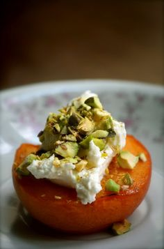 Caramelized Apricots with Goat Cheese and Pistachio Recipe (makes 10 halves).    Wonder how the apricots would on the grill and could use agave maybe and a low-fat cream cheese.  yum