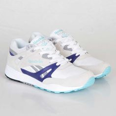 super popular 53be5 9ec97 Reebok blue white