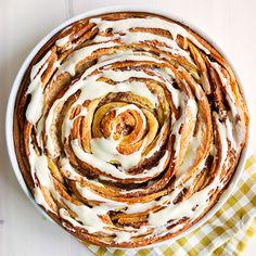 Cream cheese frosting til kanelboller Sweet Buns, Cream Cheese Frosting, Bread Baking, Rolls, Pie, Sweets, Ethnic Recipes, Breads, Desserts