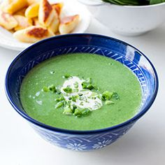 Zupa szpinakowa   Kwestia Smaku Brunch Recipes, Soup Recipes, Vegetarian Recipes, Spinach Soup, Palak Paneer, Cantaloupe, Kids Meals, Lunch, Food And Drink