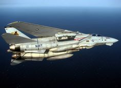 Navy, the Grumman Tomcat remains one of the most loved planes by aviation enthusiasts. Any article about this iconic fighter plane, … Airplane Fighter, Fighter Aircraft, Military Jets, Military Aircraft, Navy Aircraft, Military Weapons, Air Fighter, Fighter Jets, Us Navy