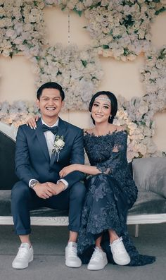 Simple Rustic Wedding a la Gusti and Ryan - Simple Rustic Wedding a la Gusti and. Simple Rustic Wedding a la Gusti and Ryan - Simple Rustic Wedding a la Gusti and Ryan di Lembang Bandung STEP-BY-STEP IN. Kebaya Wedding, Muslimah Wedding Dress, Muslim Wedding Dresses, Wedding Bridesmaid Dresses, Malay Wedding Dress, Wedding Hijab, Wedding Poses, Wedding Photoshoot, Wedding Couples