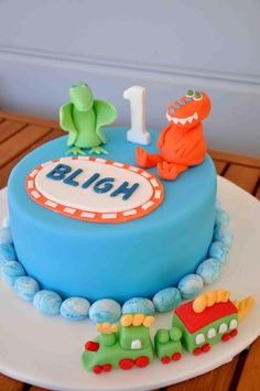 dinosaur train cake - Google Search
