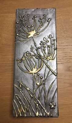 Upcycled cardboard box, hot glue gun and acrylic paint to give metal texture and .Upcycled cardboard box, hot glue gun and acrylic paint to give metal texture and light dependent Easy Things To Do Art Texture, Metal Texture, Texture Painting, Alternative Kunst, Hot Glue Art, Glue Gun Holder, Glue Painting, Acrylic Paintings, Ceramic Painting
