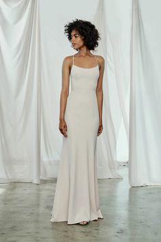 Taryn – Amsale Designer Bridesmaid Dresses, Bridesmaid Dress Styles, Designer Dresses, Bridal Dresses, Monique Lhuillier Bridesmaids, Amsale Bridesmaid, Stunning Dresses, Nice Dresses, Necklines For Dresses
