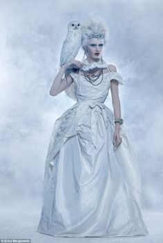 The Ice Maiden Stunneth  Daily Mail UK  http://www.dailymail.co.uk/home/you/article-2250487/Fashion-The-ice-maiden-stunneth.html?ito=feeds-newsxml