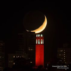 Crescent moon and Coit Tower, San Francisco. Beautiful photo by David Yu, taken 2014-10-27. One of my favorite places.