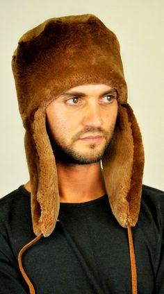 Cappello pelliccia in castoro canadese con paraorecchie  www.amifur.it