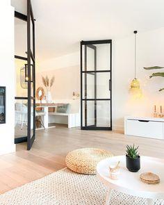 386 vind-ik-leuks, 175 opmerkingen - By Kaar (@bykaar) op Instagram: 'Hierbij presenteer ik jullie...... DE DEUREN! Wat een lieve berichtjes kreeg ik n.a.v. mijn sneak…' Home Design Decor, Home Interior Design, House Design, Home Decor, Interior Ideas, Design Ideas, Condo Decorating, Decorating Your Home, Interior Decorating