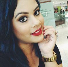 A @maricoliveiraa, da NYX do Parque Shopping Maceió,usando o Soft Matte Lip Cream Monte Carlo.