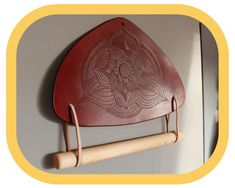 Paper Towel Holder – Kitchen Décor – Home Décor – Hand tooled Leather – Wood details – Handcrafted Paper Towel Holder Kitchen, Kitchen Fabric, Wood Detail, Leather Pieces, To Color, Leather Tooling, Hand Tools, Flower Decorations, Kitchen Decor