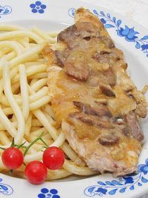 Bakonyi csirkemell Main Dishes, Food And Drink, Homemade, Chicken, Meat, Recipes, Hungarian Recipes, Main Course Dishes, Entrees