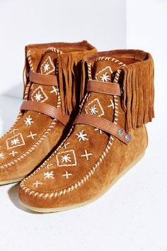Sam Edelman Katherine Moccasin Boot - Urban Outfitters