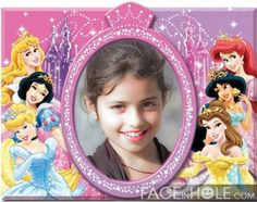 Marcos online Princesas Disney. Princesas Disney, Barbie, Outdoor, Disney Characters, Photomontage, Scenery, Blue Prints, Cook, Pictures