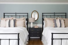 Want to stay in one of Chip and Joanna Gaines' fixer upper vacation rentals? We take a look at their stunning Magnolia House and The Hillcrest Estate, here. Chip Und Joanna Gaines, Joanna Gaines House, Chip Gaines, Modern Country, Coastal Country, Low Country, Coastal Decor, Country Decor, Interior Paint Colors