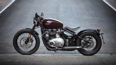 Ross on the Triumph Bobber - The Bike Shed Bonneville Motorcycle, Bobber Motorcycle, Bobber Chopper, Triumph Bonneville, Triumph Bobber 2017, Bmw Motorcycles, Triumph Motorcycles, Cool Wallpapers For Pc, Bmw Scrambler