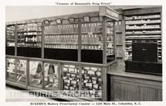 Eckerd's Drug Store, Columbia, South Carolina, Eckerd's was founded in 1898 and ran until / Tube Photography South Dakota, Columbia South Carolina, History Of Pharmacy, Medical History, Wall Drug, Prescription, Banks Building, Jewelry Wall, Vintage Medical