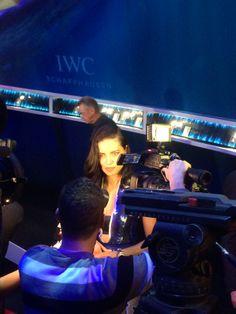 ブースには、世界屈指のファッションモデル〝アドリアナ・リマ(Adriana Lima) 〟もいました!